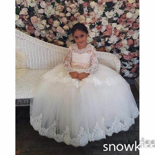 Elegant sheer lace long sleeves scoop neckline flower girl dresses for wedding nice fist communion tulle ball gowns with sash lace long sleeves flower girl dress with butterfly decoration keyhole back blue tulle kids party ball gowns with satin sash bow