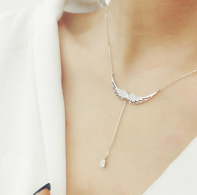 collier femme aile