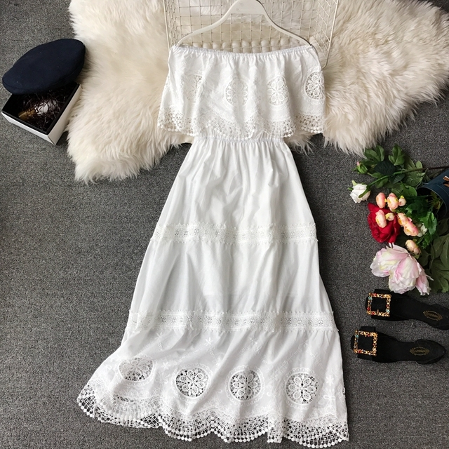 2019 Summer New Korean Version Of Fashion One Word Neck Embroidered