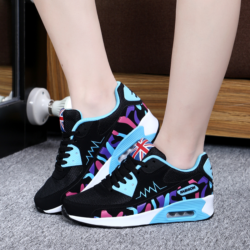 2017 new sport shoes flat sandals running shoes women breathable board shoes students bottom walking shoes zapatos max size 40