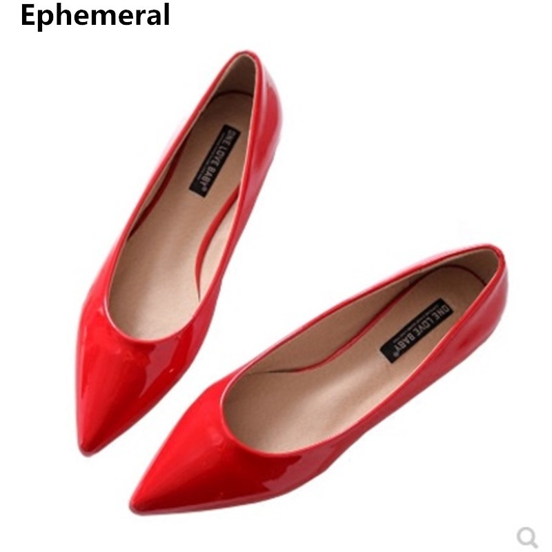 Ladies Plus Size 44 34 Flats Pointed Toe Patent Leather High Quality Slip-Ons Withe Bow Shallow Mouth Fashion 2018 Simple Shoes
