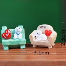 1Pcs Mini Cute Dog Heart Resin Cabochon Sit Sofa Resine Craft Figurines Miniatures Garden Gnome Decor