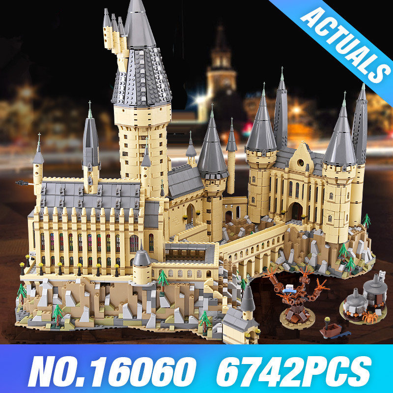 the Harry Potter castle Magic School 16060  legoing harry potter Hogwarts school 71043 Model Building blocks Bricks