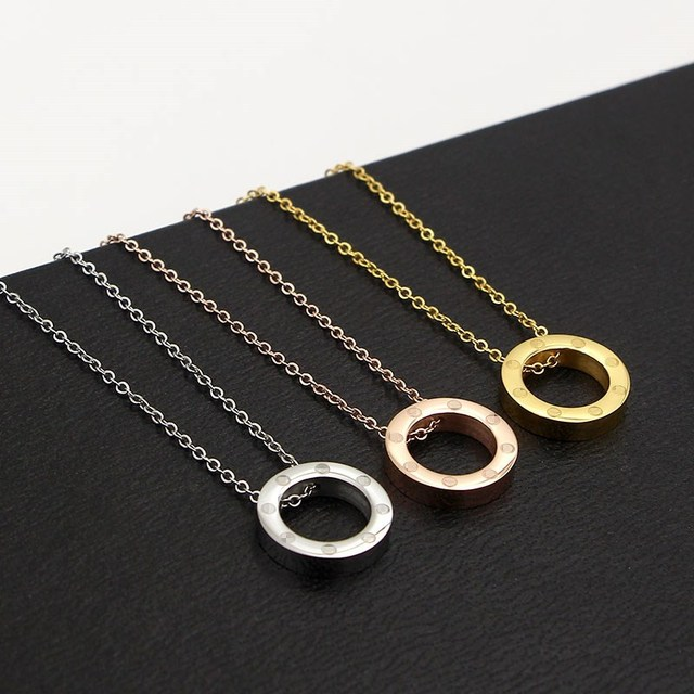 2017 new South Korea fashion necklace word circle short titanium