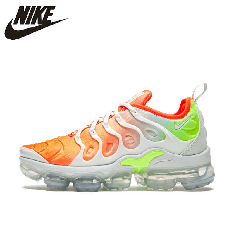 752684a2e354 Original New Arrival Authentic NIKE AIR VAPORMAX PLUS Men s Breathable Running  Shoes Sport Outdoor Sneakers 924453
