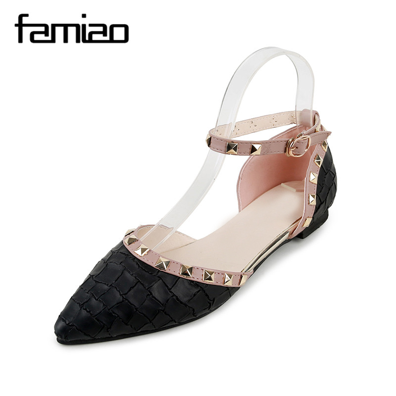 FAMIAO  New Fashion Casual Women Pointed Toe Rivet Flat Bottom Shoes Women Slip On Valentine Flats Candy Color Zapatos Mujer fashion women shoes pointed toe slip on flat shoes woman comfortable single casual flats size 35 40 zapatos mujer