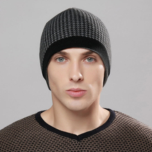 Classic Plaid Style Men's Winter Cap 6 Colors Leisure Acrylic Beanies Women's Hat Autumn Fashion Earflap YF090904