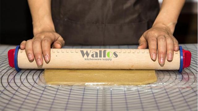 Kitchen Rolling Pin Fondant Paste Cake Roller Cake Bakeware Tool-Wooden Rolling Pin