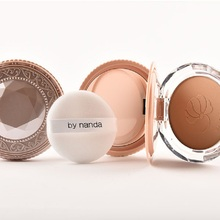 Cheap Natural Smooth Powder Mineral Powder Foundation Moisturizing Setting powder Compact Powder with mirror and cosmetic puff