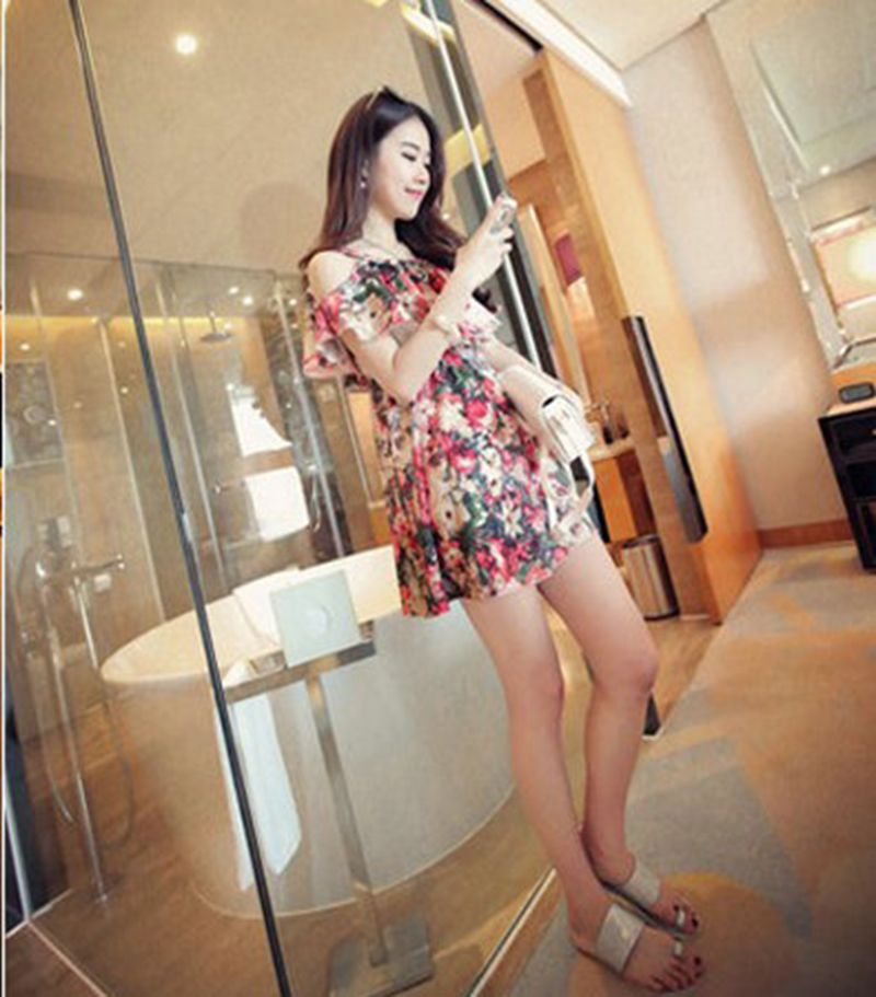 Breastfeeding 2018 New Maternity Clothes Summer Printed Shoulder Breastfeeding Dress Out