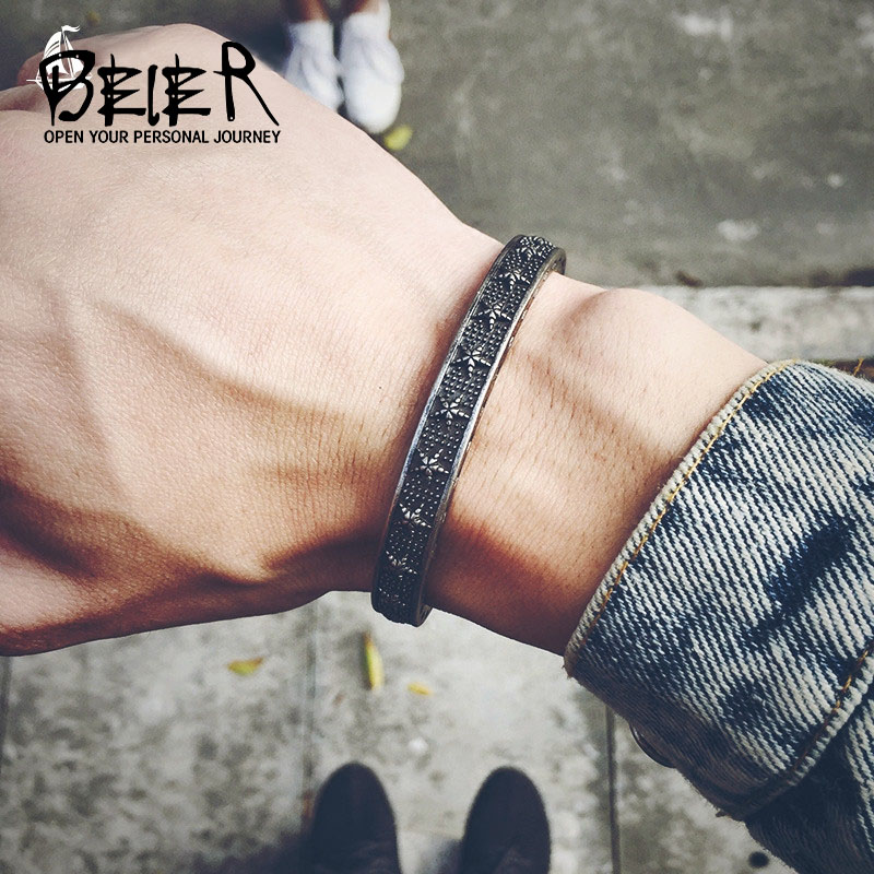 Beier 316L Stainless Steel Toucan Retro Five Piece Star Titanium Steel Bracelet Individual Men Men Open Fashion Bracelet C011 shiying sl000088 fashion bible style 316l stainless steel bracelet for men black