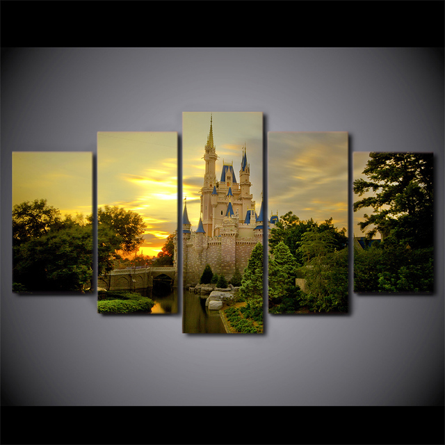 Medium Castle Decoration: 5 Pieces Printed Cinderella Castle Paintings Wall Art