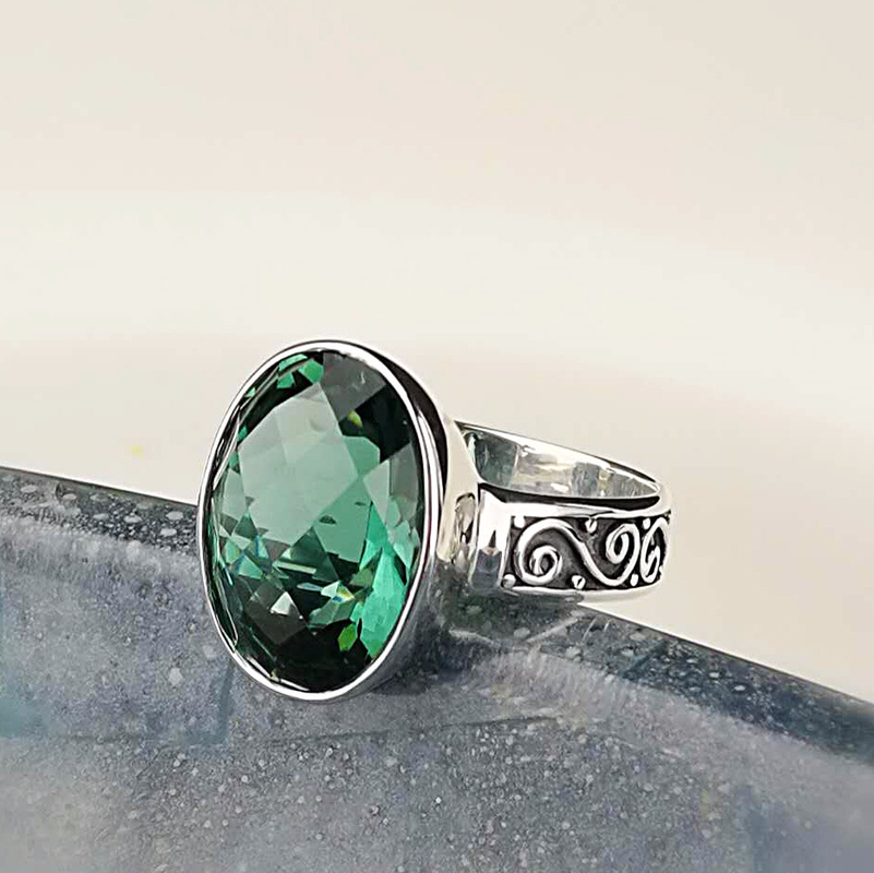 Authentic 925 Sterling Silver Vintage Emerald แหวนออกแบบ