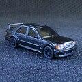 Alta Simulación Exquisita 1: 64 neumáticos de goma Suave Steller Diecast Mercedes Benz 190E Benz Car Regalo Modelo de Recogida
