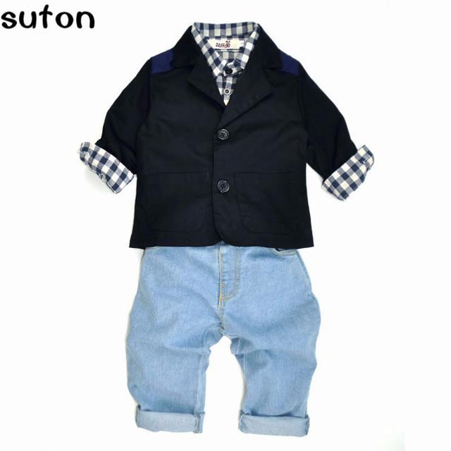 2017 Meninos Denim Conjuntos de Roupas Bonito Crianças de Algodão Casuais Hacket Camisa + t + Calças Jeans Roupas 3-peças Set Hot venda