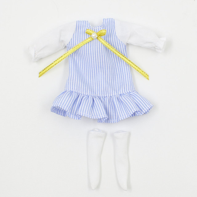Free shipping Blue&white dress with socks suitable for middle blyth 20cm high doll Bjd DIY fashion toy's accessiories