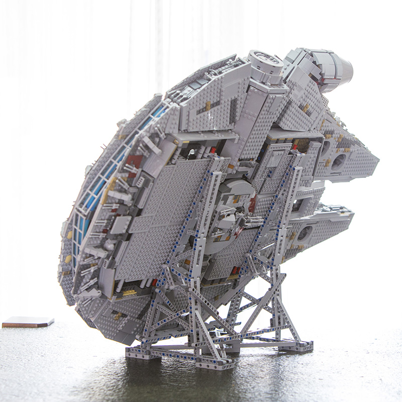 LEPIN 05132 Nouveau Millénaire Falcon 8445 pièces compatible avec 75192 Étoiles Plan Série Ultimate Collector Modèle de briques de construction Jouets - 3