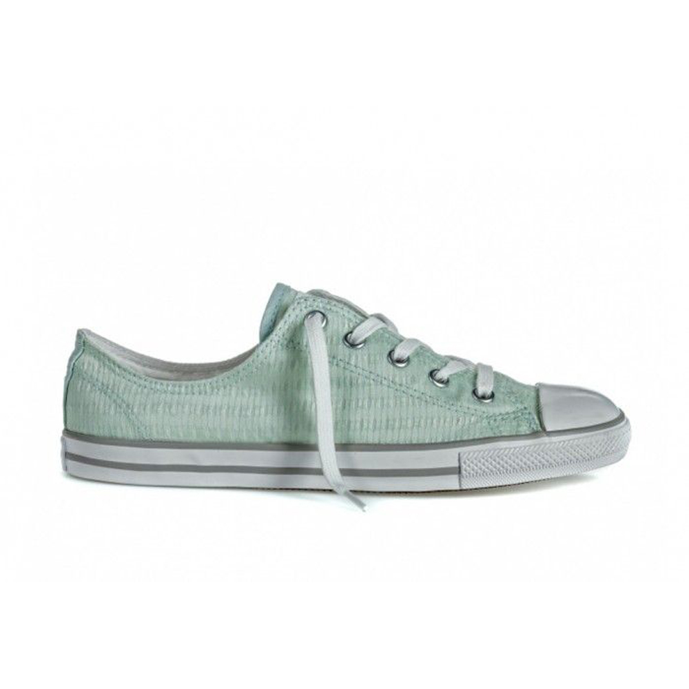 Walking Shoes CONVERSE Chuck Taylor All Star Dainty 555867 sneakers for female TmallFS kedsFS куртка для девочки boom цвет светло розовый 80004 bog размер 98