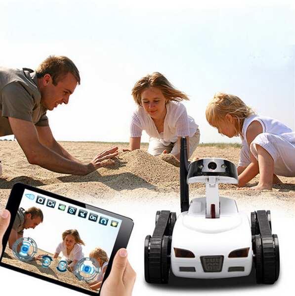 Фото Free shipping 2015 new electronic Wireless Wifi Control RC Tank Toy with Moving Camera - Controlled by iPhone/iPad/iPod