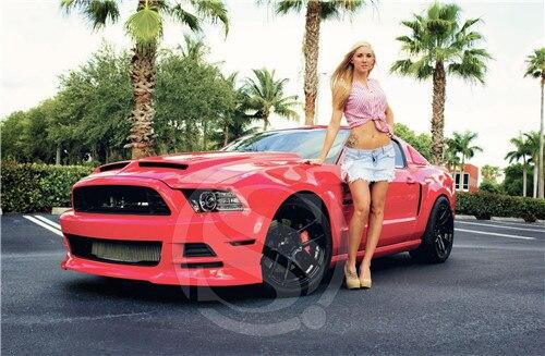 Форд мустанг и девушка фото