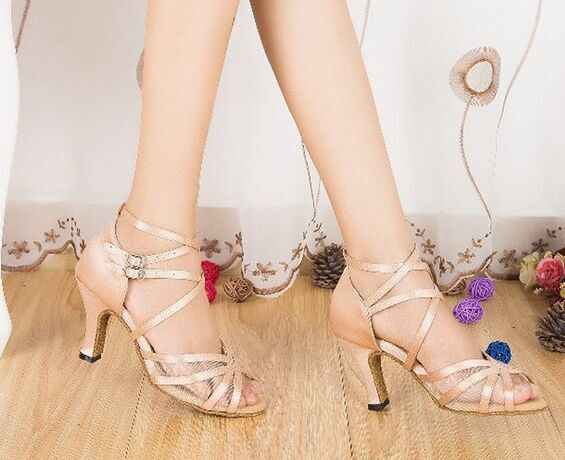 Brand New Women Flesh Satin Ballroom Latin Professional Dance Shoes - Sportschoenen
