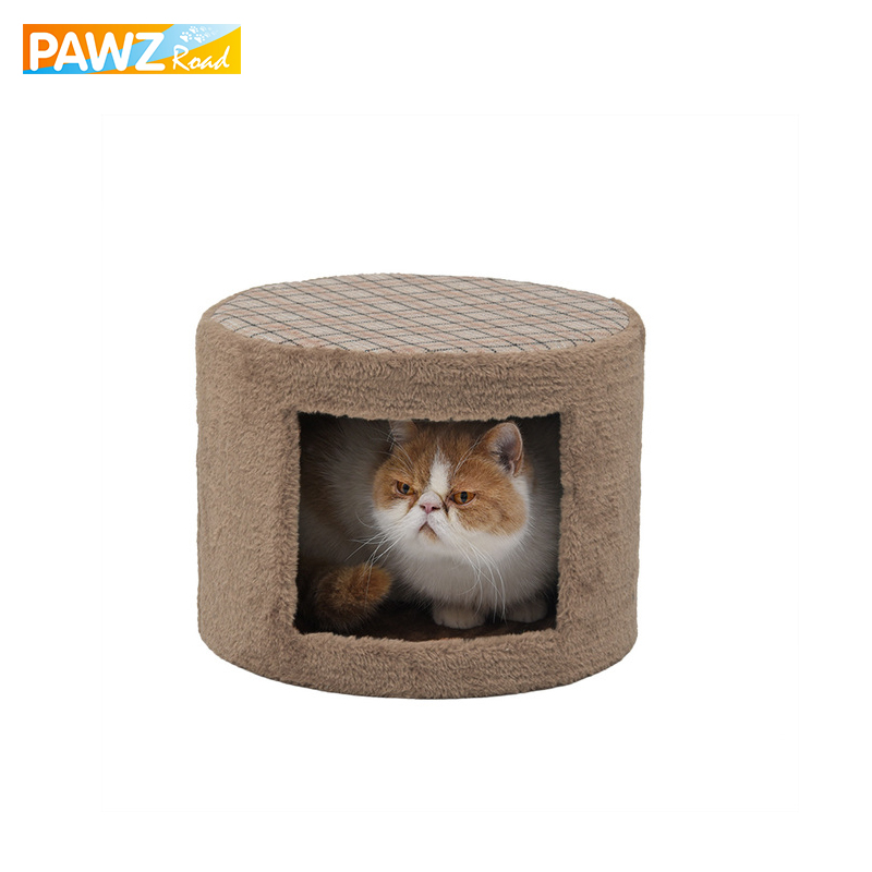 gato de la casa de muebles