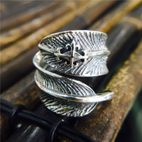 LOZRUNVE Thai Silver Retro 925 Silver Feather Ring Opening Unisex Chuqiao Pass With Zhao Liying Fingers