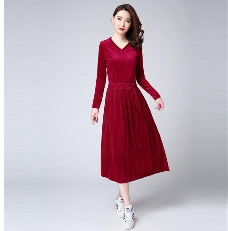 AYUNSUE 2018 Autumn Winter Dress Female Vestidos Plus Size Women Dresses  Casual Red Velvet Dress Set Slim Womens Clothing WXF532-in Dresses from  Women s ... 77e1efeb1f04