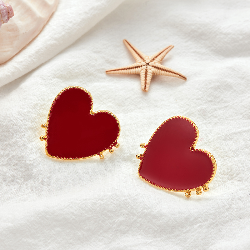 19 New Design Punk Gold Edge Red Acrylic Heart Stud Earrings For Women Bohemian Big Stud Earring Christmas Jewelry Gift 5