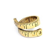 Miarka linijka Twisted Ring dla kobiet moda męska regulowana taśma pomiarowa pierścionki biżuteria na palce Party Gift