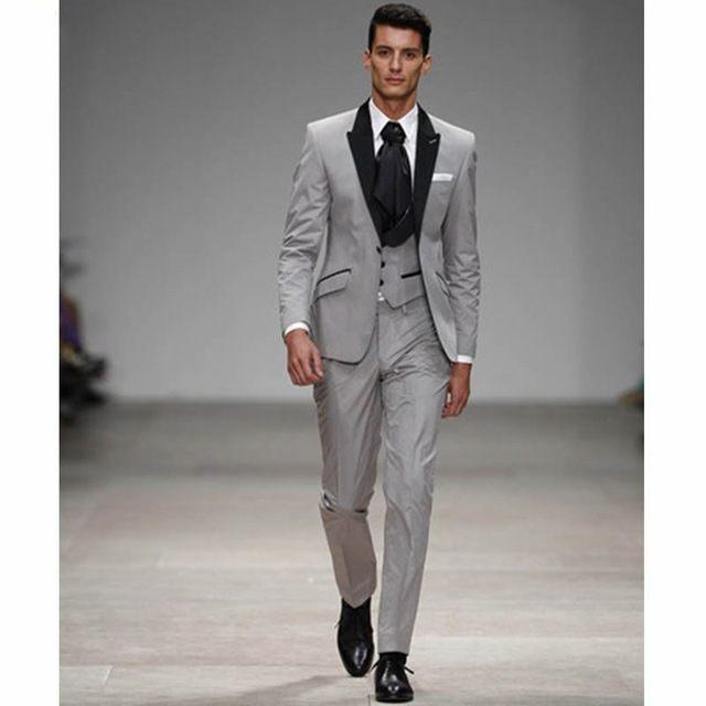 ab700326f4 Luz Cinza Com Preto Homem Blazer Prom Ternos Lapela Do Noivo Smoking  Casamento Padrinho de casamento (Jacket + Pants + Vest + empate) NO: 203