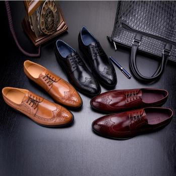 New British Style Carved Brogue Leather Shoes Men Flat Lace Formal Business Shoes Man Oxfords
