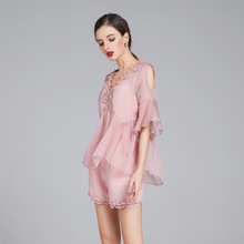 2018 new Pink off shoulder flare sleeve v-neck loose shirts and elastic waist short pants women summer 2 piece casual pant suits
