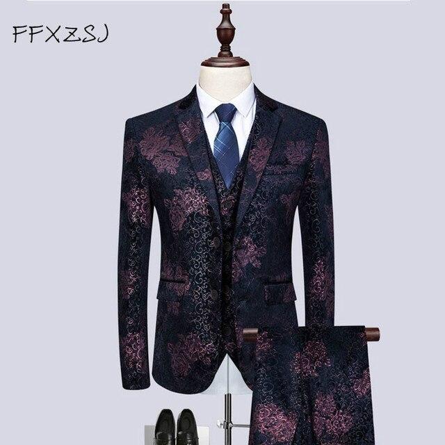 2ce953e8a057 Куртка + жилет + брюки) Новый мужской костюм с принтом 2019 классические  костюмы из 3 предметов для мужчин бизнес досуг костюм высококачественн.