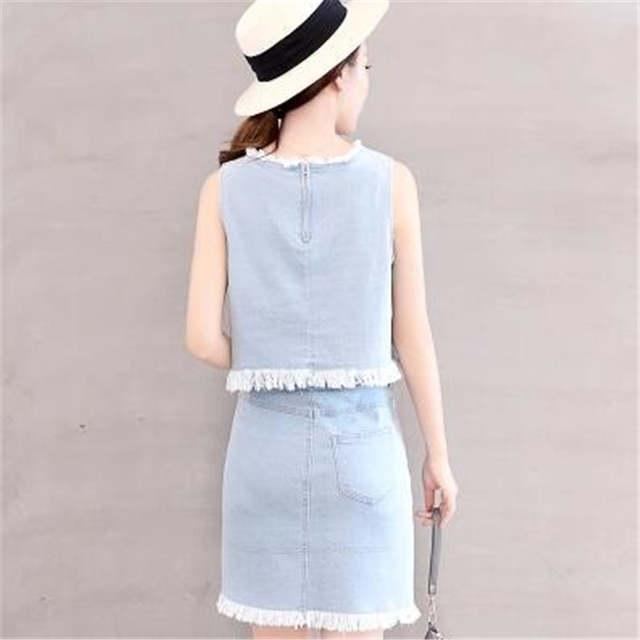 ec0242ed5b6b TNLNZHYN 2019 Girls Womens Jeans Suits Fashion 2 Pcs Skirts Suits Sleeveless  Denim Skirts Set Hot