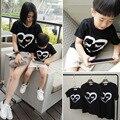 2016 летом ресниц в форме сердца печать семьи 100% хлопок комплект папа мама ребенок ткань семейный техники одежда для матери и дочери майка