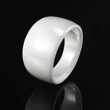 Klasik tasarım siyah beyaz pürüzsüz kavisli seramik yüzük erkekler ve kadınlar için en kaliteli takı yüzükler düğün yıldönümü en iyi hediye
