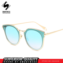 New 2017 street fashion European and American men women Street photo color sunglasses glasses all-match trendsetter eyewear