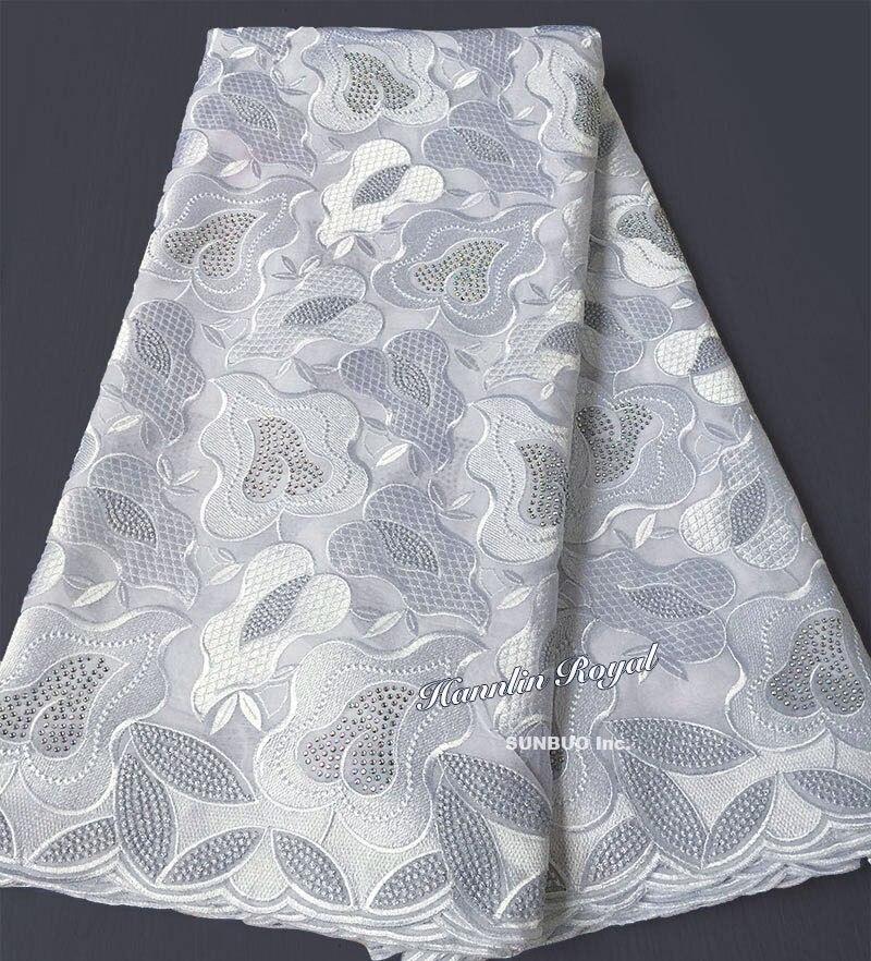Pianura bianco Svizzero Africano del merletto del voile del tessuto di cotone 100% senza fori adatto per gli uomini e le donne di lustro di alta qualità in Senso Orario la scelta