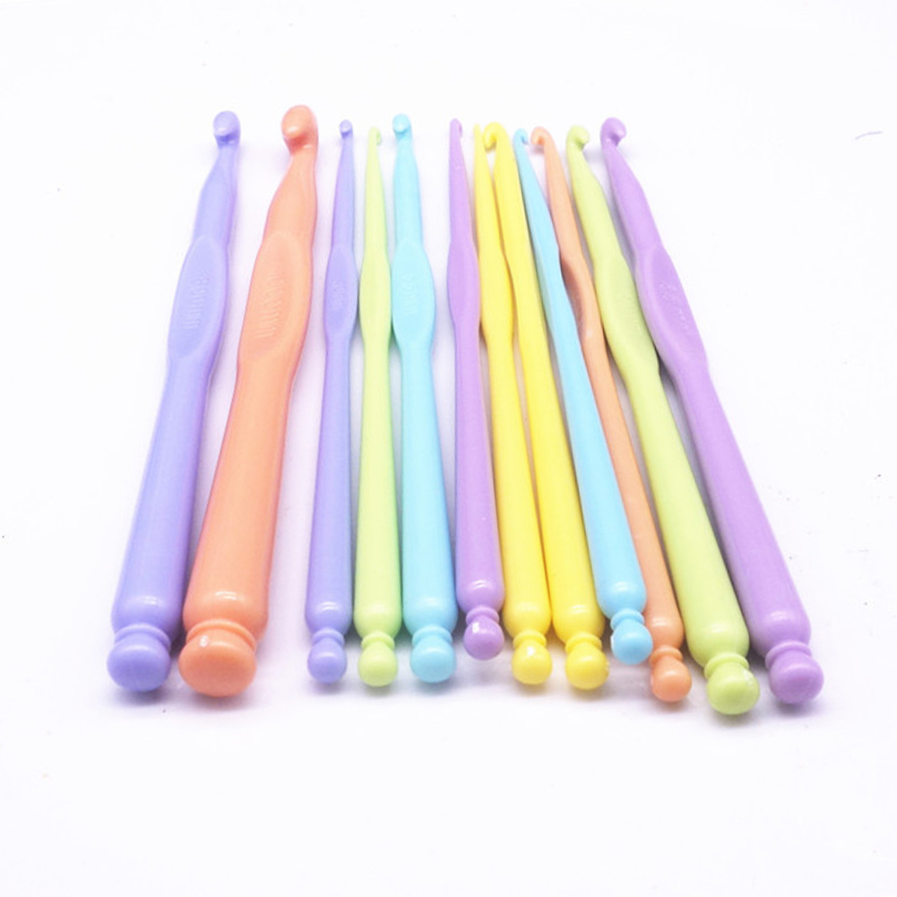 12Pcs Colorful Plastic Crochet Hooks Knitting Tools Needles Stitches Knitted Crochet Set Yarn Hook DIY Craft Home Sewing Supply