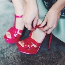 Hot Selling Pink Black Blue Patent Leather T-Strap Sandal Peep Toe Cut-out 14cm High Platform Ladies Dress Shoes Gladiator Pump