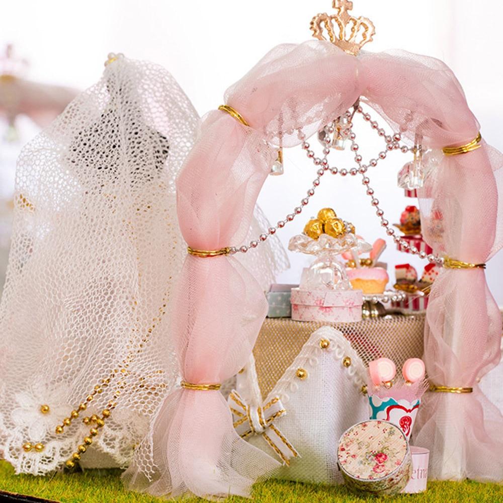 DIY Кукольный дом Миниатюрный Кукольный Дом DIY Дом свадебное платье с светодиодный стеклянная модель вспышка Сделай Сам образовательный красивый дом снов