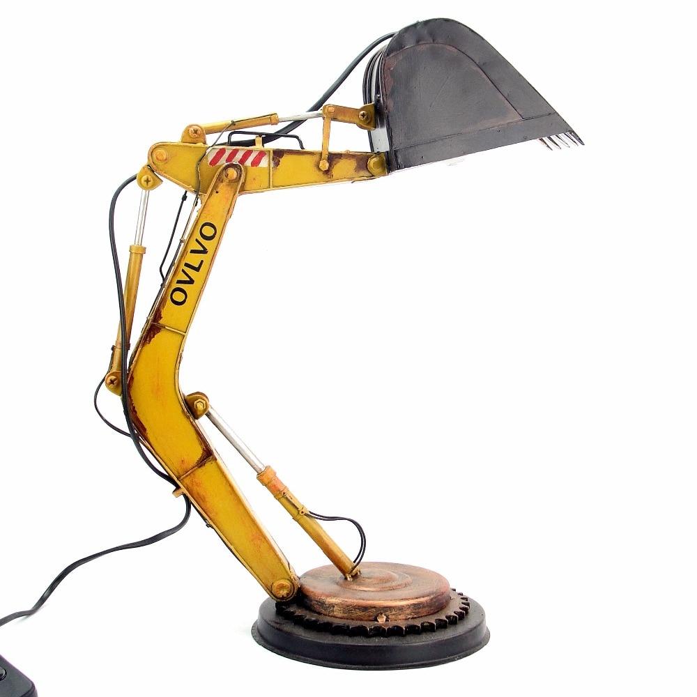 iron vintage model antique metal punk table lamp desktop decoration Excavator shaped lamp creative industrial wind