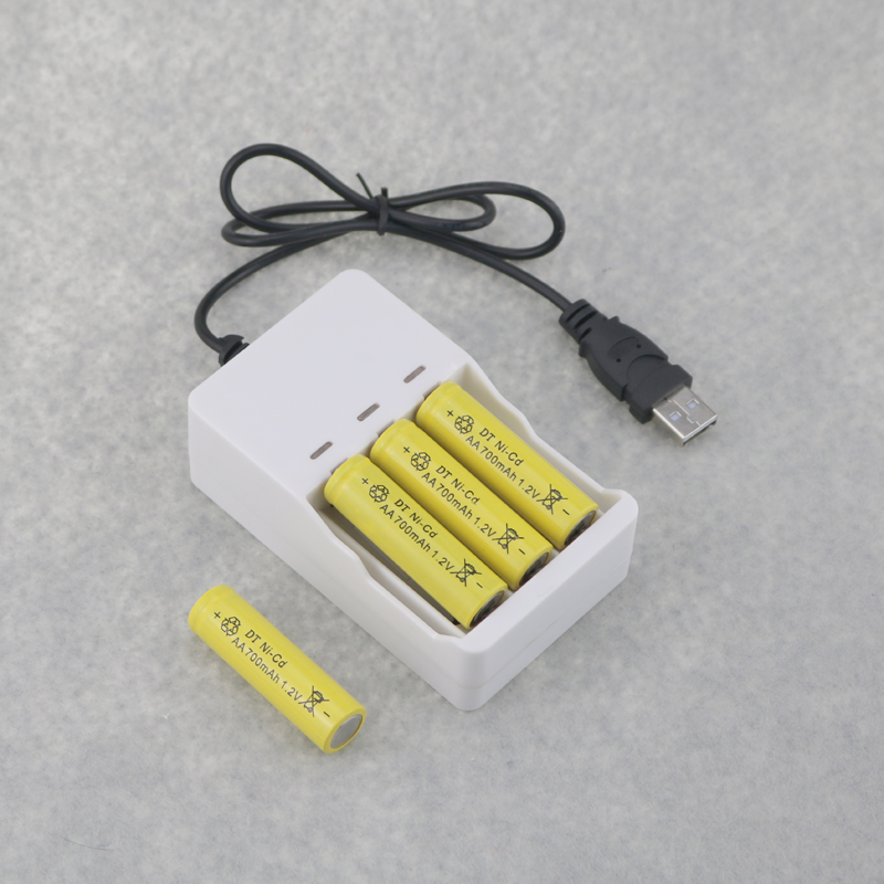 4PCS Rechargeable NI-CD 700mAh 1.2V AA Batteries + 1PC DC 5V USB Charger For Rechargeable Ni-MH Nickel AA AAA Batteries image