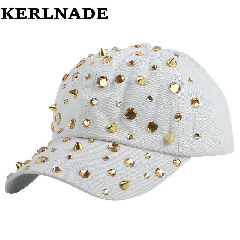 Prix pour Vente chaude strass de spike goujons hip hop snapback chapeaux pour femmes femme nouvelle marque femelle casquette de baseball de sport en plein air fille gorras