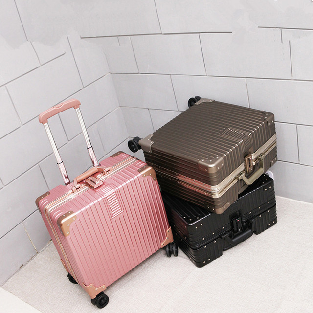High quality 18 inches boarding commercial trolley luggage universal wheels small aluminum frame travel bags on wheels