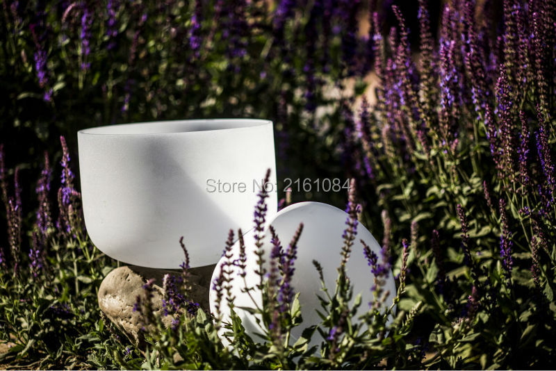 8 and 11 2 pcs frosted quartz crystal singing bowls with musical note with free suede and o ring purple color carry bag for 7 8 hand held crystal singing bowls with heavy duty canvas carrier