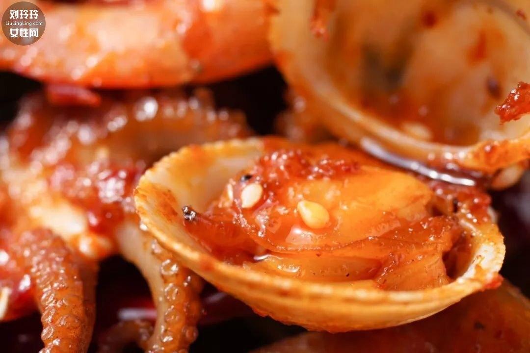 家庭麻辣海鲜香锅的做法 不难又好吃!8
