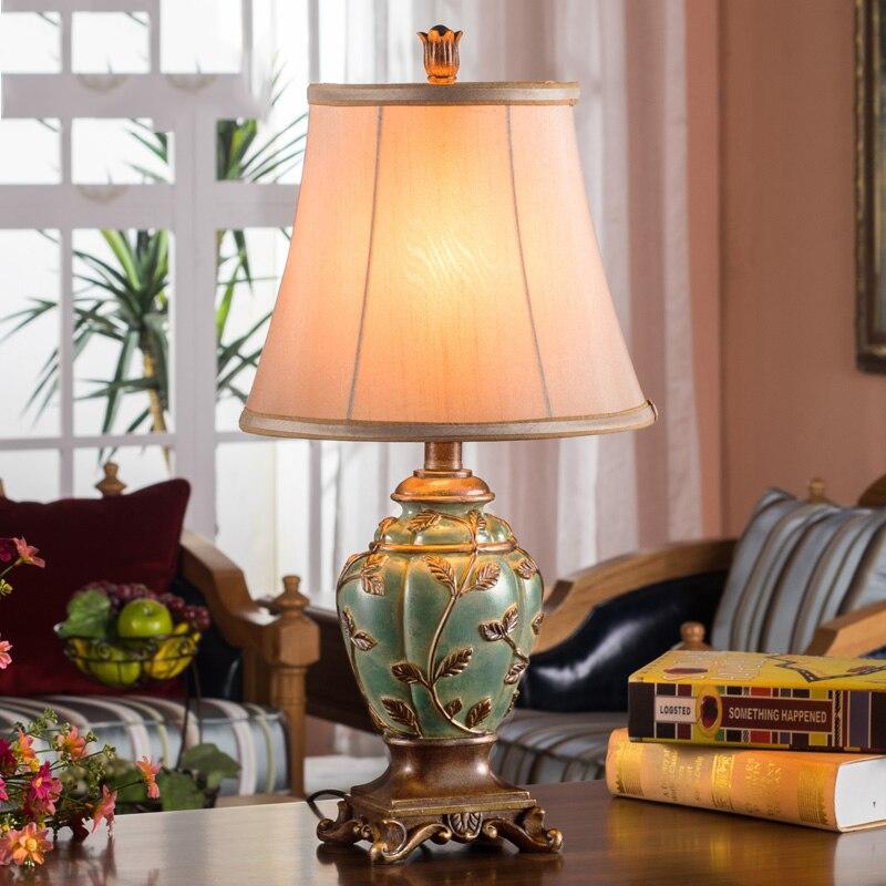 Led Table lamp Lustre Retro Table Lamps For Living Room Bedroom Light Resin Desk Lamp Fabric Lampshade Home Lighting abajour trophy