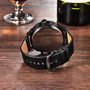Image 3 - Oulm Merk Super Grote mannen Wijzerplaat Horloges Dual Time Zone Horloge Casual PU Leer Luxe Merk Mannen Quartz Horloge